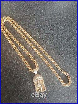 9ct Gold Rope Chain Jesus Pendant