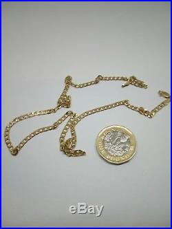 9ct Gold curb chain length 18 inch Weight 6 grams Width 3mm Hallmarked