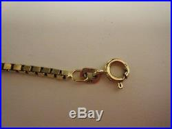 9ct gold box chain, good condition. Lovely design