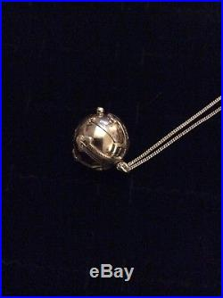A Stunning Vintage Solid 9ct Gold Masonic Fob / Orb Pendant On Gold Chain