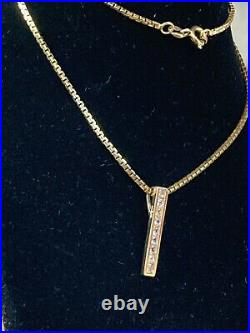 Attractive 9ct Italy Solid gold dangly necklace Condition Is NEW