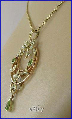 Edwardian 9ct Gold Peridot & Seed Pearl Pendant & 9ct Gold Chain 18inches