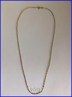 Gorgeous Vintage 9Ct/375 Yellow Gold Figaro Chain Necklace
