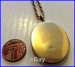 Lovely Vintage Substantial Heavy Large 9ct Gold Locket On Heavy 9ct Gold Chain