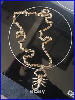 Men's 34 9ct Gold Box Chain And Stone Set Scorpion Pendant