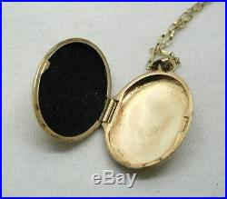 Pretty Two Colour 9ct Gold Floral Design Locket And Chain