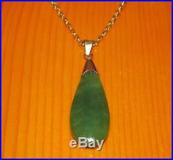 SECONDHAND 18ct GOLD PEAR SHAPED NEPHRITE JADE PENDANT & 9ct GOLD CHAIN 46cm
