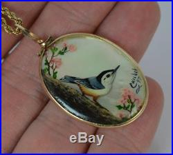 Victorian Mother of Pearl Hand Painted Pendant & 9ct Gold Chain 0152